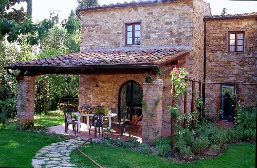 Duplex for rent in chianti tuscany for Rent a house in tuscany