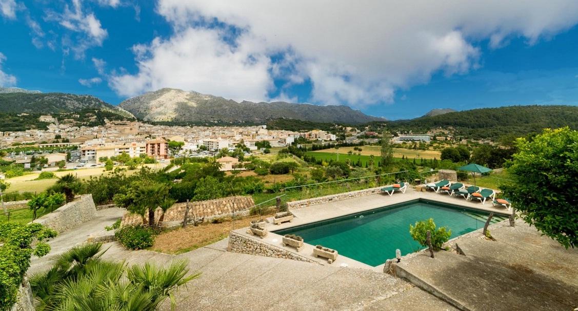 Villa To Rent In Pollensa Mallorca Spain