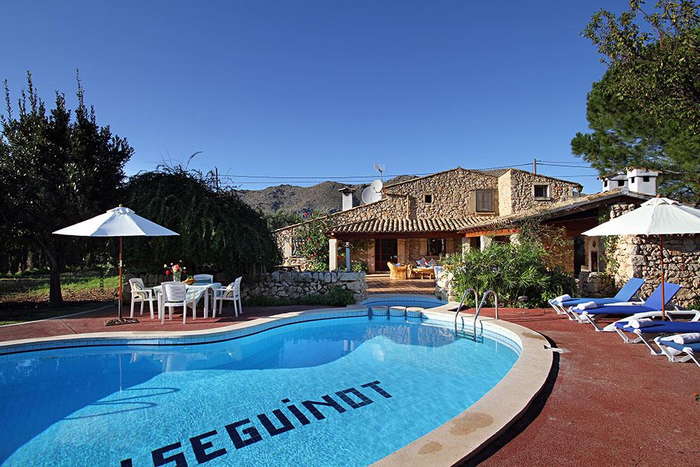 016mv 3 Bedroom Villa To Rent In Puerto Pollensa Mallorca