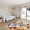 Villa to rent in Vale do Garrao