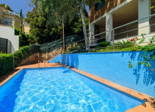 Detached House for rent in Sa Riera