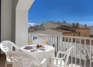 Apartments to Rent in Calella De Palafrugell