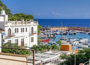 Duplex Apartments to Rent in Llafranc