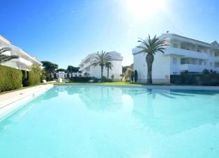 Apartment to Rent in Playa De Pals