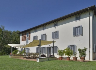 Villa to Rent in Capannori, Lucca