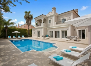 Villa to Rent in Quinta Do Mar