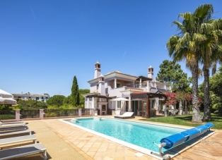 Villa to Rent in Quinta Verde, Algarve, Portugal