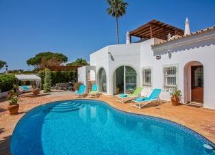 Villa to Rent Dunas Douradas