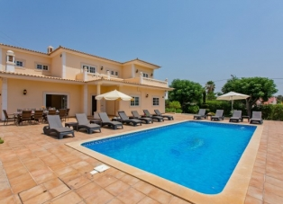 Villa to Rent in Vilamoura, Algarve, Portugal