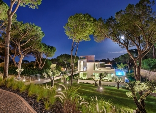Spectacular villa in Quinta do Lago