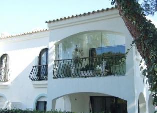Apartment to Rent in Dunas Douradas, Algarve