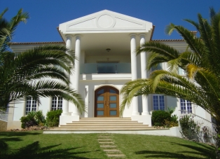 Villa to Rent in Valverde, Algarve