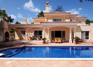 Villa to Rent in Quinta Verde, Algarve