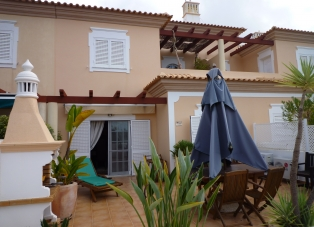 Townhouse to Rent in Quinta Verde, Algarve, Portugal