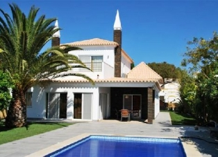 Villa to Rent in Vilamoura, Portugal