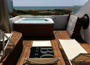 Apartment to Rent in Vale Do Lobo, Algarve