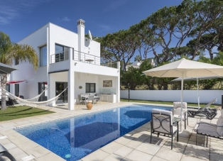 Villa to Rent in Quinta Das Salinas