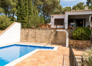 Villa to Rent in Tamariu, Costa Brava