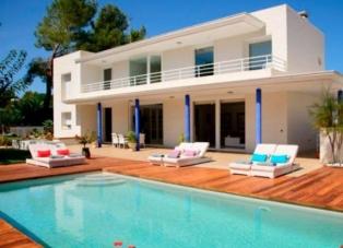 Villa to Rent in San Agustin
