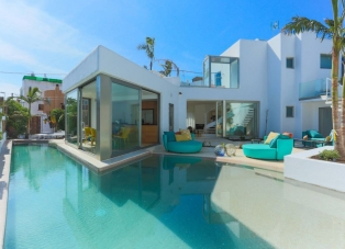 Villa to Rent in Ibiza town