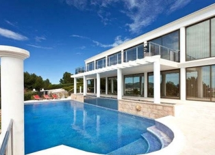 Villa to Rent in Ibiza
