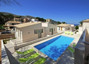 Villa to Rent in Cala San Vicente, Mallorca
