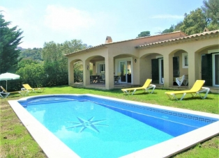 Villa for rent in Begur, Costa Brava