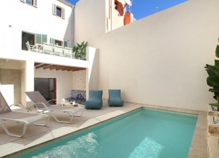 Townhouse to rent in Pollensa