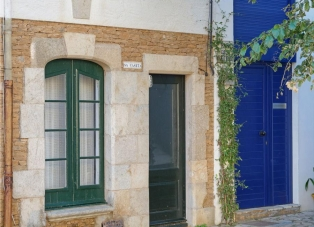 Townhouse to rent in Sa Tuna