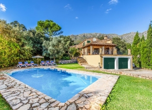 Villa to rent in Cala San Vincente