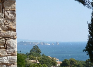 Villa to Rent in Sa Riera, Costa Brava
