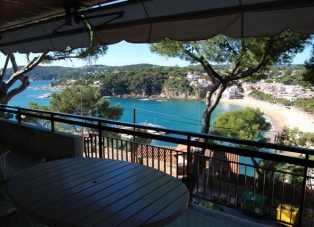 Apartment to Rent in Llafranc, Begur