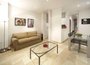 Apartment for rent in Barcelona, Born