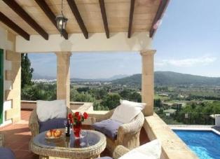 Villa to Rent in El Vilar, Puerto Pollensa, Mallorca