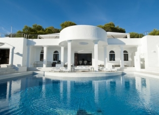 Villa to Rent in Cala Jondal, San Jose