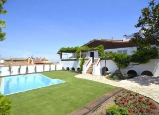 Villa to Rent in Begur, Centre