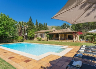 Villa to Rent in Pollensa