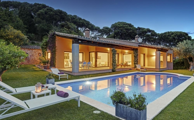 Villa for rent in Casa De Campo, Costa Brava