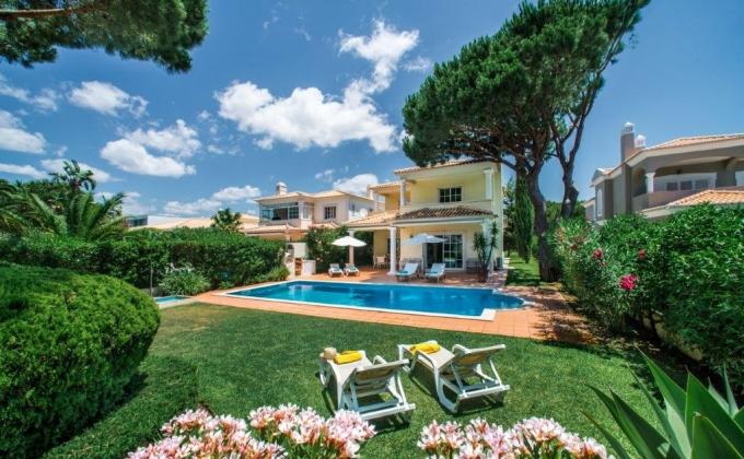 Villa in Vilamoura, Algarve, Portugal