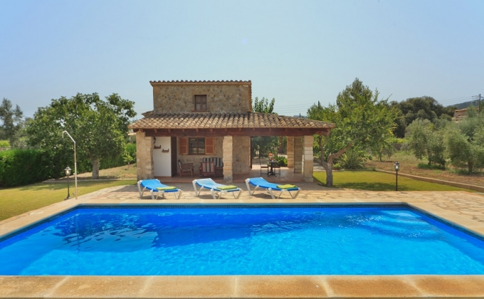 Villa to Rent in Pollensa, Mallorca